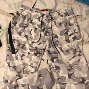 Nike Tech Fleece Sweatpants